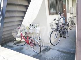 敷地内に自転車置き場ございます!