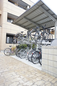 http://image.rentersnet.jp/a8369cef5aeeb665feaecab0bdf0bfc2_property_picture_961_large.jpg_cap_駐輪場