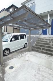 うれしい屋根付きの駐輪場