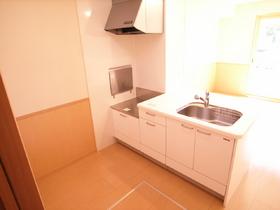 ホワイトのオシャレなキッチンです!