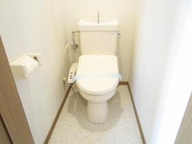 生活感のあるトイレです。