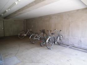 自転車置き場あります