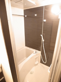浴室乾燥機付の最新バス☆