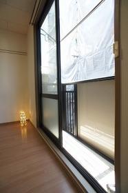 鵜の木壱番館 203号室
