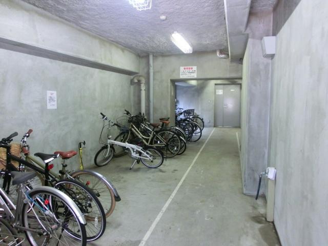 スカイコート日本橋浜町第2駐車場