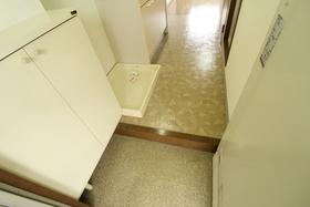 http://image.rentersnet.jp/ac6e19c3-9c53-46a4-a426-11a7f2a2ba64_property_picture_958_large.jpg_cap_玄関