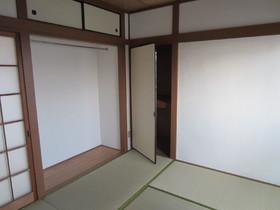 和室には床の間もあります!