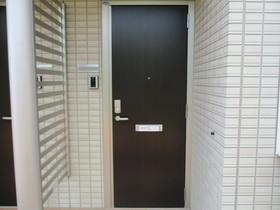 http://image.rentersnet.jp/ae4337ba-5425-412d-9feb-0dcc6eb6a113_property_picture_3186_large.jpg_cap_玄関