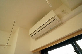 http://image.rentersnet.jp/b02ef925-f921-49ca-9474-6a6af7b93934_property_picture_962_large.jpg_cap_エアコン1基付き