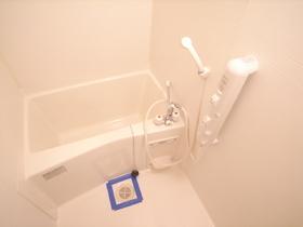 浴室も綺麗に清掃してりあります。