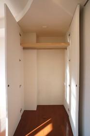 LIMA COURT 301号室