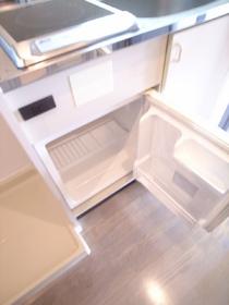ミニ冷蔵庫が備えつきです♪