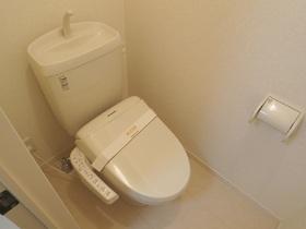 ゆったりしたトイレです♪