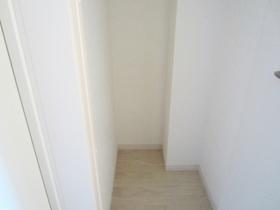 2か所玄関に収納があります