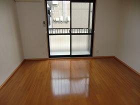 http://image.rentersnet.jp/b4581d2e-aea2-4bff-9930-346f4b8a3291_property_picture_2419_large.jpg_cap_居室