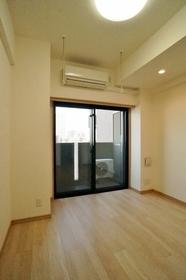 http://image.rentersnet.jp/b45828d3-059b-4b7e-ae71-16b23d69f6f6_property_picture_962_large.jpg_cap_西向きの明るい室内