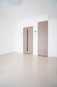 ラグゼ大鳥居 205号室