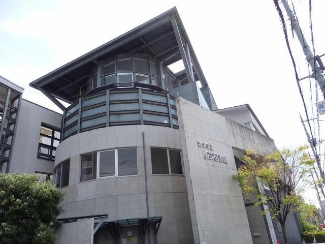 豊中市立服部図書館