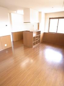 どんな家具をおこうかな。