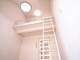 天井が高くて開放的です!