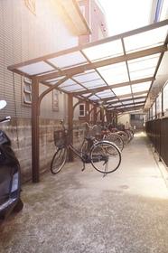 http://image.rentersnet.jp/b6d2c406fc882765996584fd7ccce010_property_picture_962_large.jpg_cap_駐輪場付。
