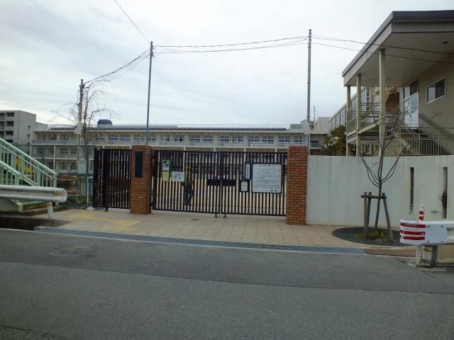 尼崎市立上坂部小学校