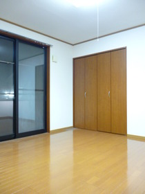 http://image.rentersnet.jp/b8ee8a91-8cd3-4445-80d4-87ea90abc24b_property_picture_2419_large.jpg_cap_居室