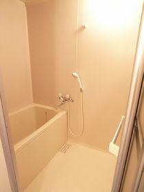 浴室も綺麗に清掃済みですよ