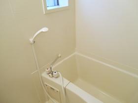 窓付きのバスルーム☆