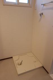 レジデンス すずらん 104号室