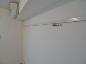 アーバンドエル三宿 103号室