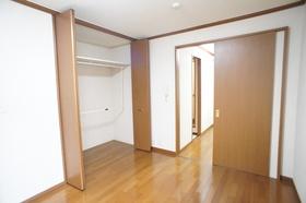 デシオ西大井 102号室