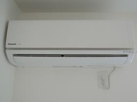 フェリーチェ梅屋敷�U 101号室