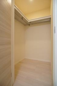 ラ・メール 102号室
