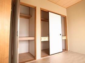 1.5間壁にマルマル収納スペース