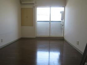 http://image.rentersnet.jp/c26523ea-edba-488c-975f-9a97bbd2b5c1_property_picture_958_large.jpg_cap_居室