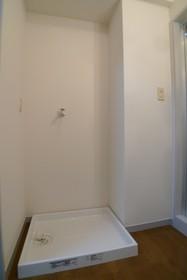 エーワンハイム 201号室