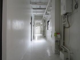 共用の室内廊下です