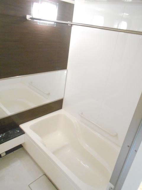 ミストサウナ、浴室乾燥機能付きバス♪