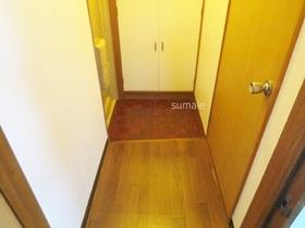 玄関スペース。