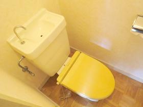 壁面がオシャレなお手洗いです♪