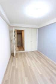 プレミール山王 205号室