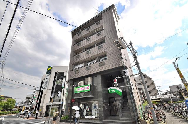 小阪駅前ヴィラデステの外観写真