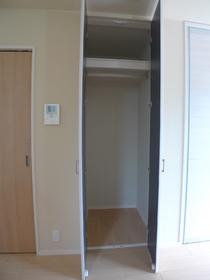 アネシス 201号室