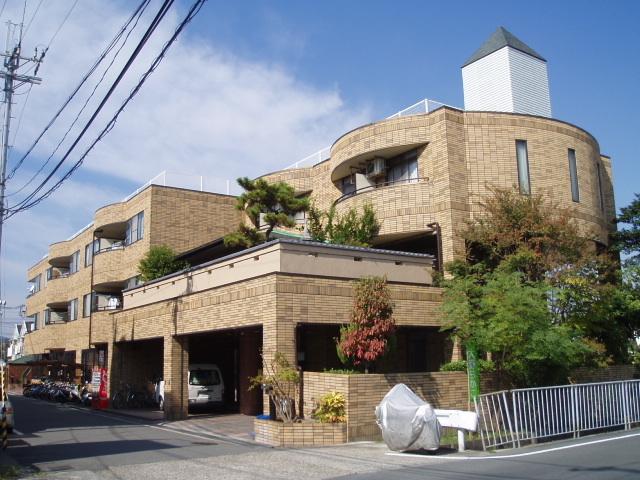 ウイングビュー鮎川/鉄骨/3階建て