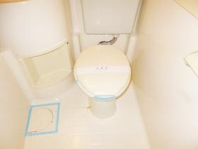 トイレはこんな感じです。