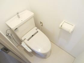 ウォシュレット付のトイレ!