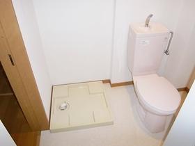 トイレもしっかり完備