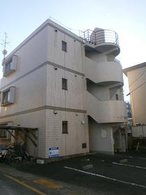 1K 27平米 3.6万円 愛媛県松山市森松町481ー1