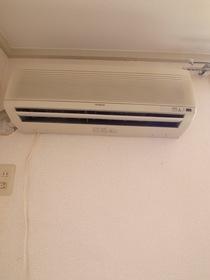 もちろんエアコンもあります☆